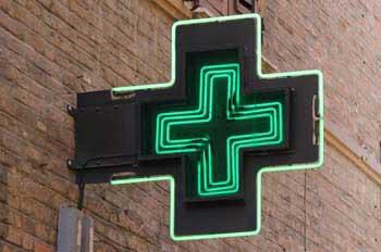 Qué distancias deben mantenerse entre dos oficinas de farmacia y cómo se calculan