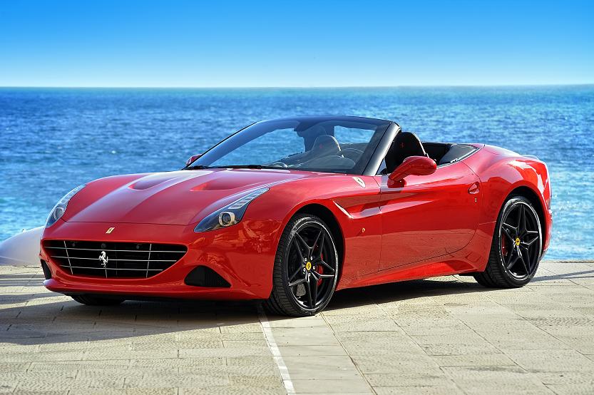 Alquilar un Ferrari por kilómetros: todo lo que debes saber