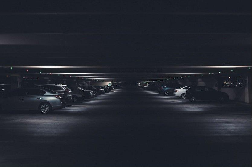 Buscando aparcamiento en el aeropuerto de Valencia