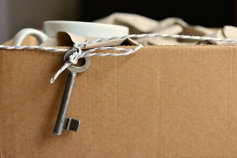 Cómo embalar con cajas de cartón para una mudanza