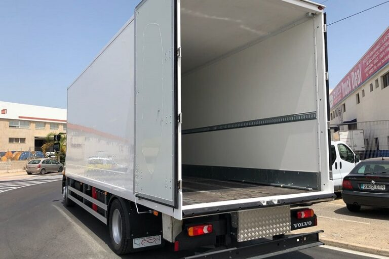 Carrocería de camion (Auxiliar de Carrocerías)
