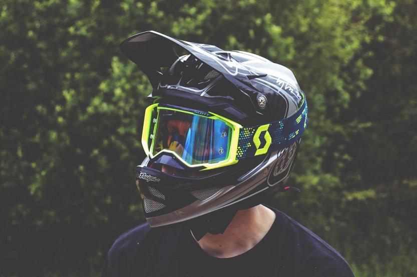 El contrato de compraventa de una moto nueva