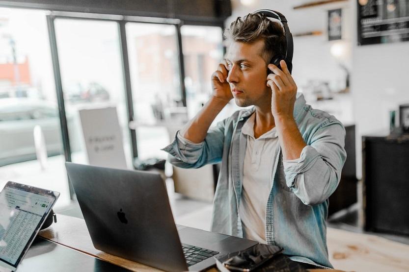 Cómo pueden ayudar las centralitas virtuales al teletrabajo