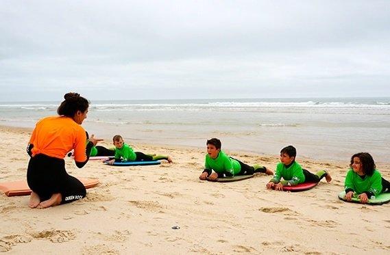 Clases de surf para niños Vale Paraiso