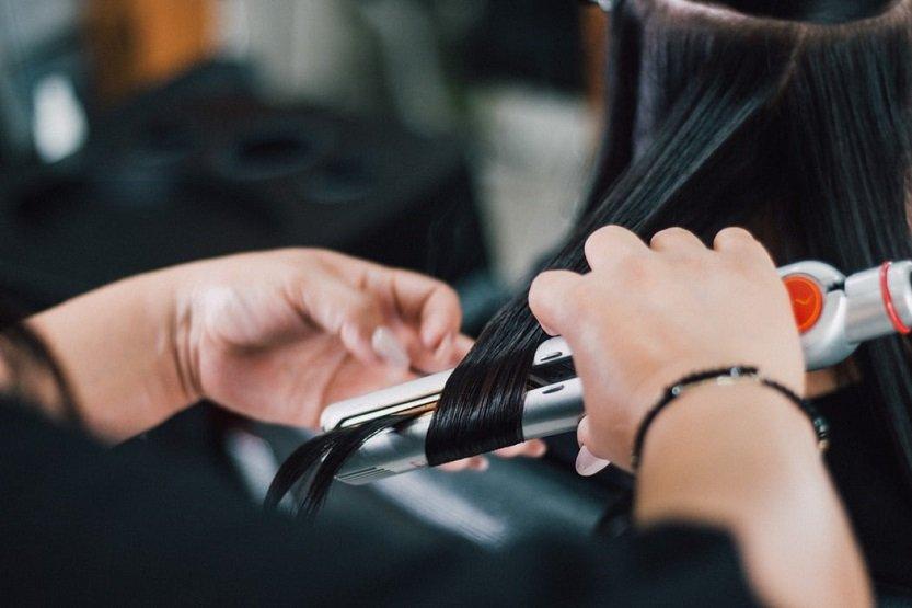 Características que debe tener una plancha de pelo antes de comprarla
