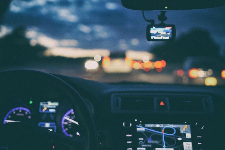 Conducir con el carné sin puntos es un delito