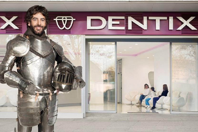 Prohibida la publicidad de clínicas dentales y famosos