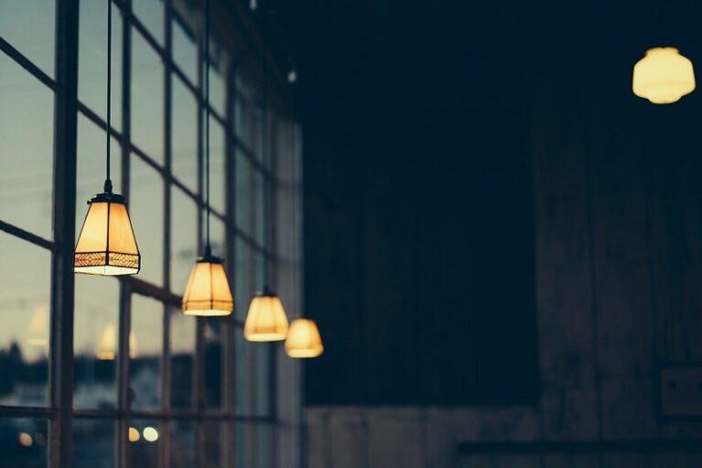 Electricidad luz eléctrica