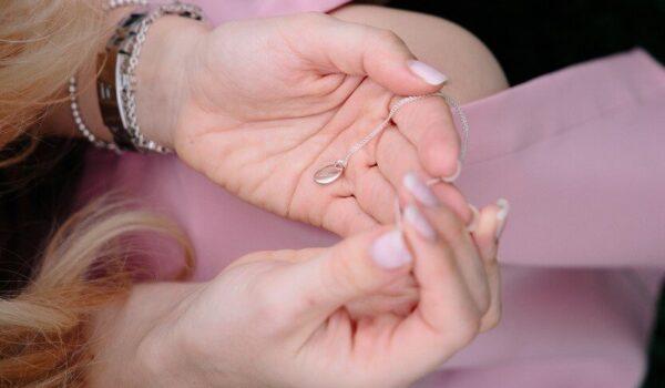 Elegir una joya para mujer perfecta, consejos prácticos