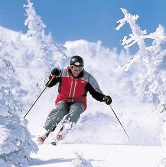 Consejos para elegir la mejor equipación para practicar el esquí este invierno