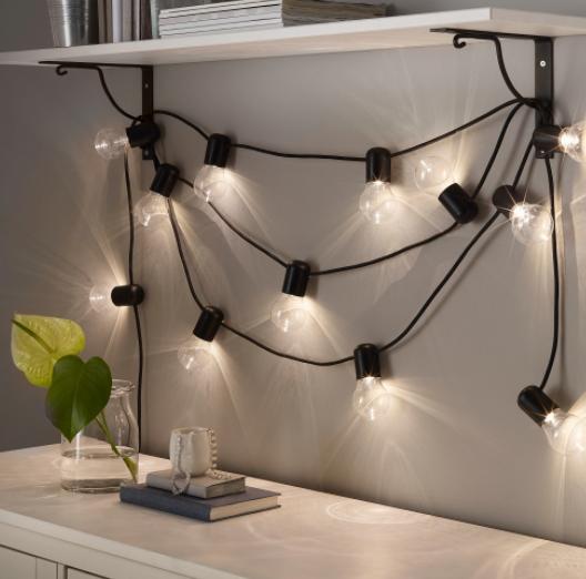 Guirnalda de luces LED Ikea Svartra de exterior