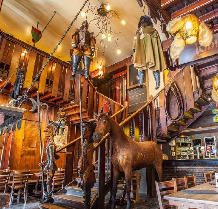 Interior de la brasserie Le Roy d´Espagne