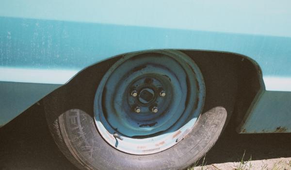 Normativa sobre neumáticos usados fuera de uso