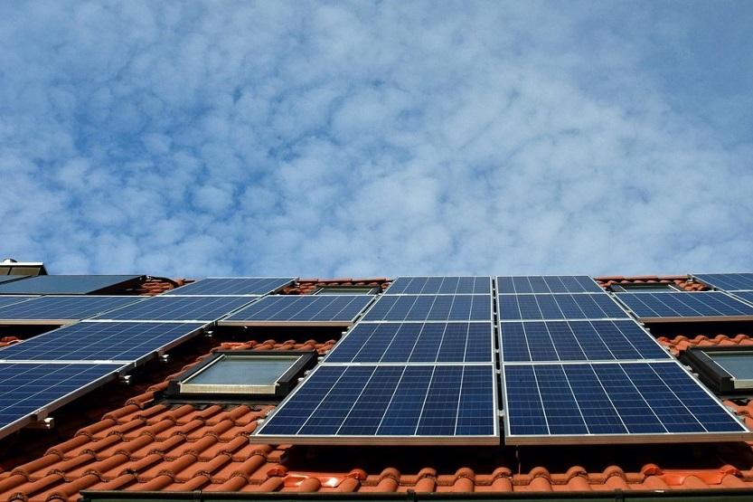 Ahorra energía con ayuda de un panel solar