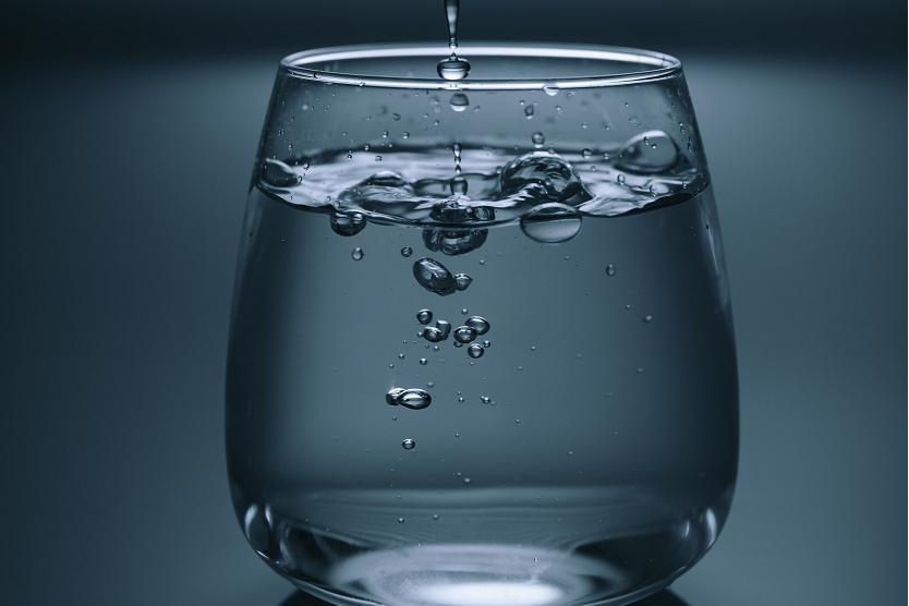Fuentes de agua en empresas: opciones para un consumo de calidad