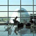 ¿Se pueden llevar lentillas en el equipaje de mano de un avión?