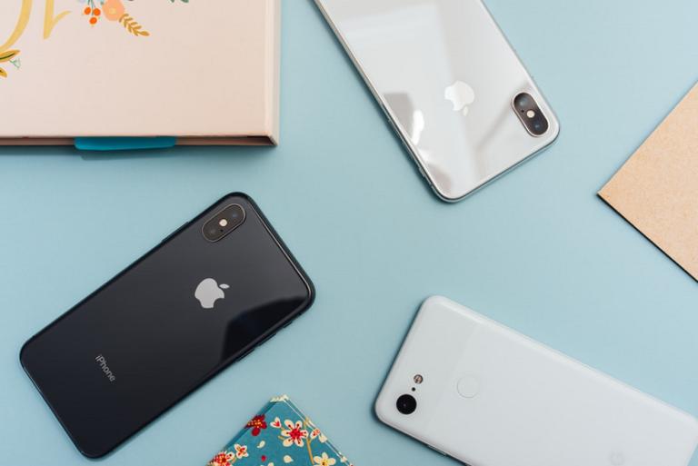 iPhones (Arnel Hasanovic Unsplash)